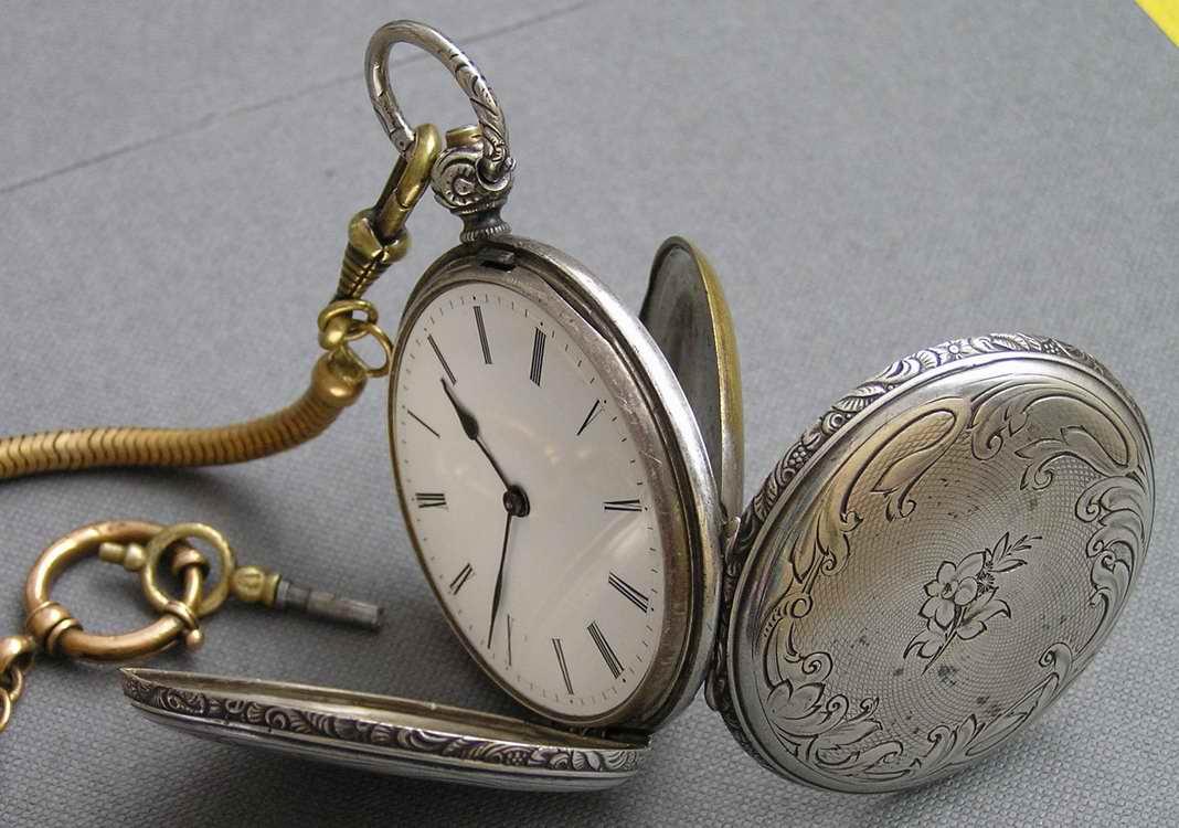 Антикварные часы продать dee809a9ee045