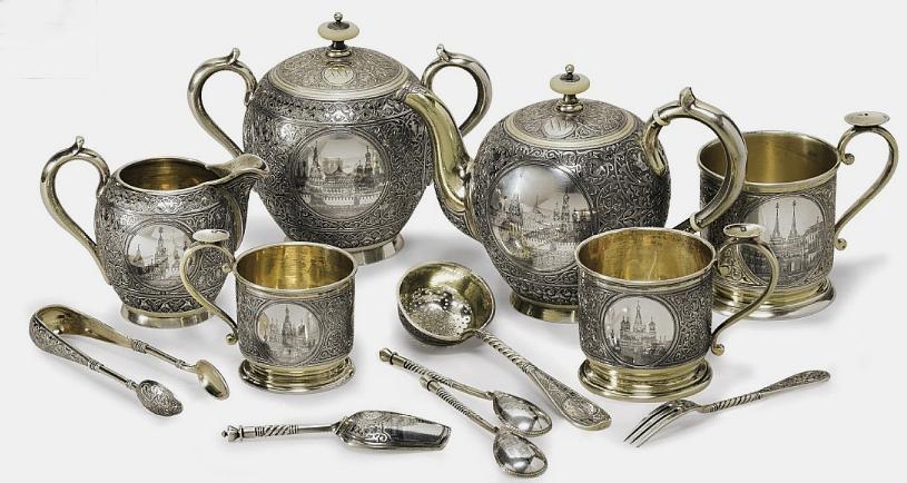 Антикварное столовое серебро продать